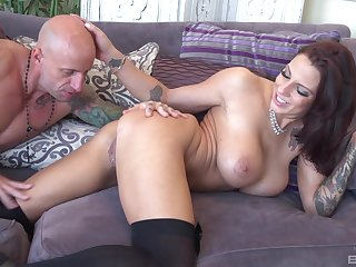 Busty distend Lilith Lavey rides cock up her hooves apart