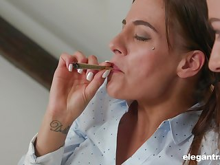 Hardcore anal FFM threesome nigh Eveline Dellai and Silvia Dellai