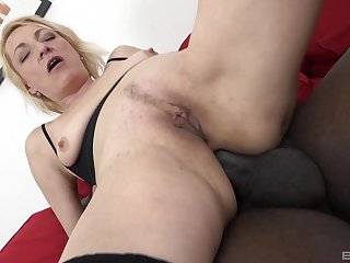 Tight mature loads her butt hole with a BBC