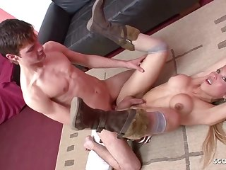 Naughty Ts Shemale Hooker gets sodomized