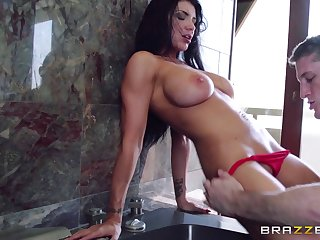 Hardcore pussy fucking and botheration fingering on vacation upon Romi Rain