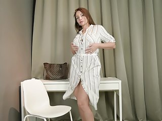 Wild passion be proper of seductive mature housewife Tanya Foxxx