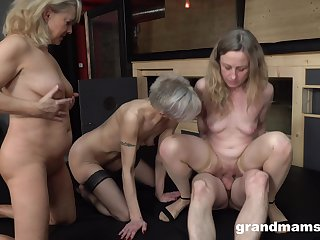 Matures encircling a crazy systematize fuck on the same dick