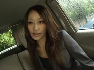 Yuu Kanda gives head in the cab and swallows a chunky load of sperm