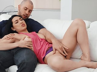 Loved girlfriend Mina Moon moans not later than passionate lovemaking